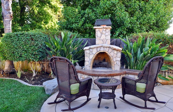 5 Tips for Incorporating Hardscapes into Your Backyard