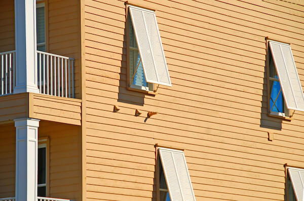 10 Tips to Prepare Your Home's Exterior for Hurricanes